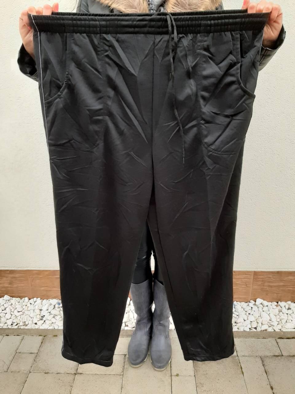 acef9cbd22281 Pánske oblečenie | Pánske tepláky väčšie veľkosti | MackaModa.sk